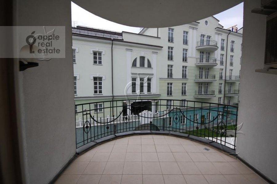 Balcony / Terrace / Loggia of the 6-room apartment at Beregovaya ul. 4k4