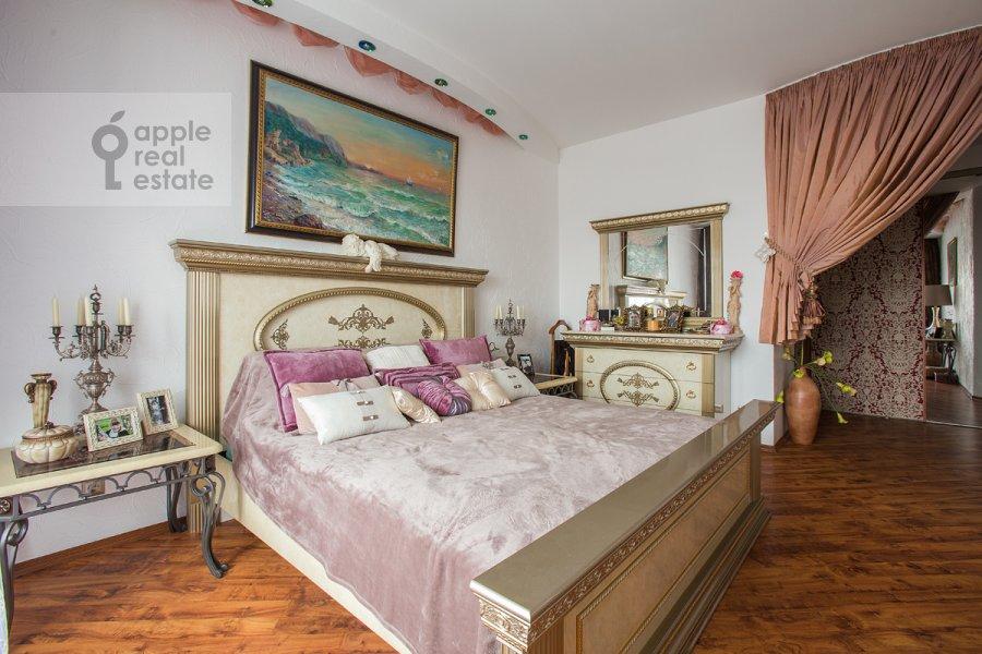 Спальня в 2-комнатной квартире по адресу Крылатская ул. 45к1