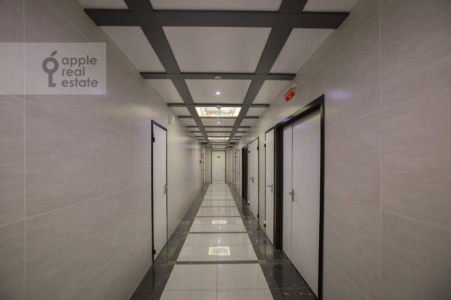 Corridor of the 5-room apartment at Minskaya ulitsa 2k1