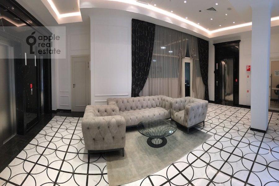 Studio apartment at Bol'shaya Sadovaya 5
