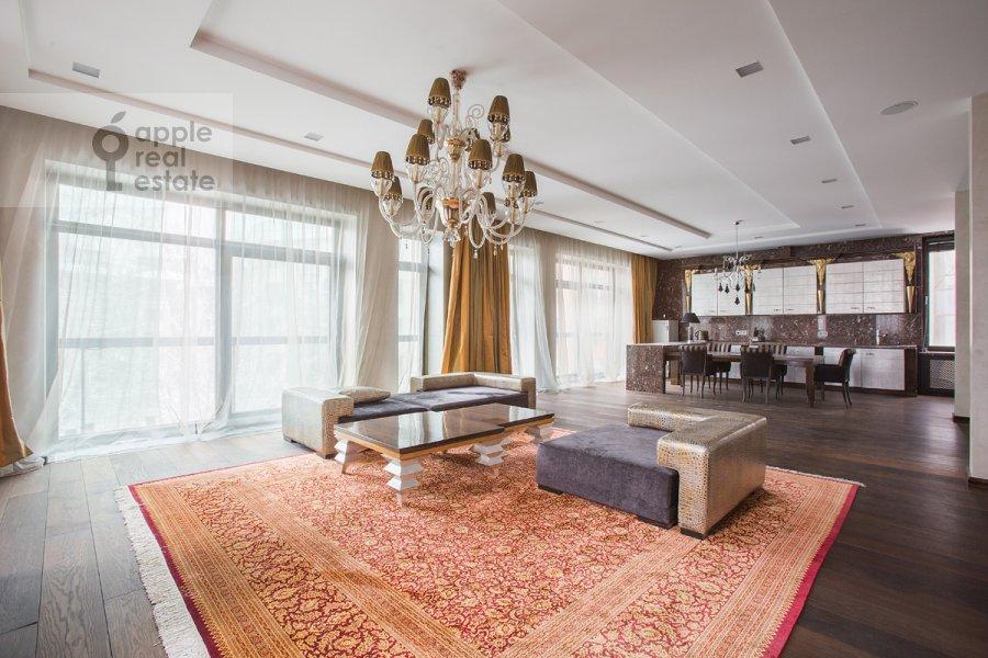 3-комнатная квартира по адресу Бутиковский пер. 3
