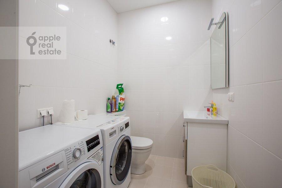 4-room apartment at Pogodinskaya ul. 4