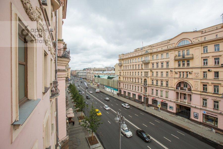 Вид из окна в 4-комнатной квартире по адресу Тверская ул 27с2