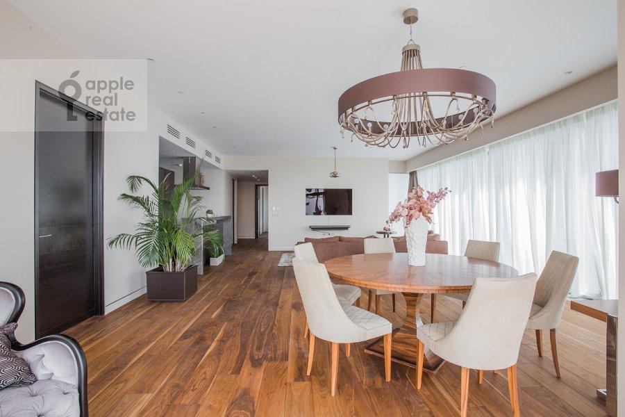 2-room apartment at 1-y Krasnogvardeyskiy proezd 21s1