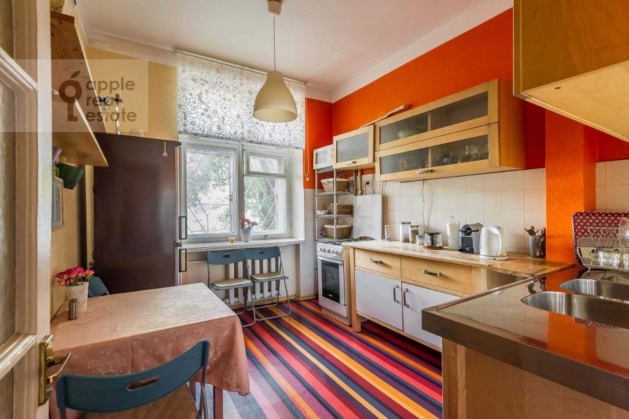 Кухня в 2-комнатной квартире по адресу Леонтьевский пер. 6