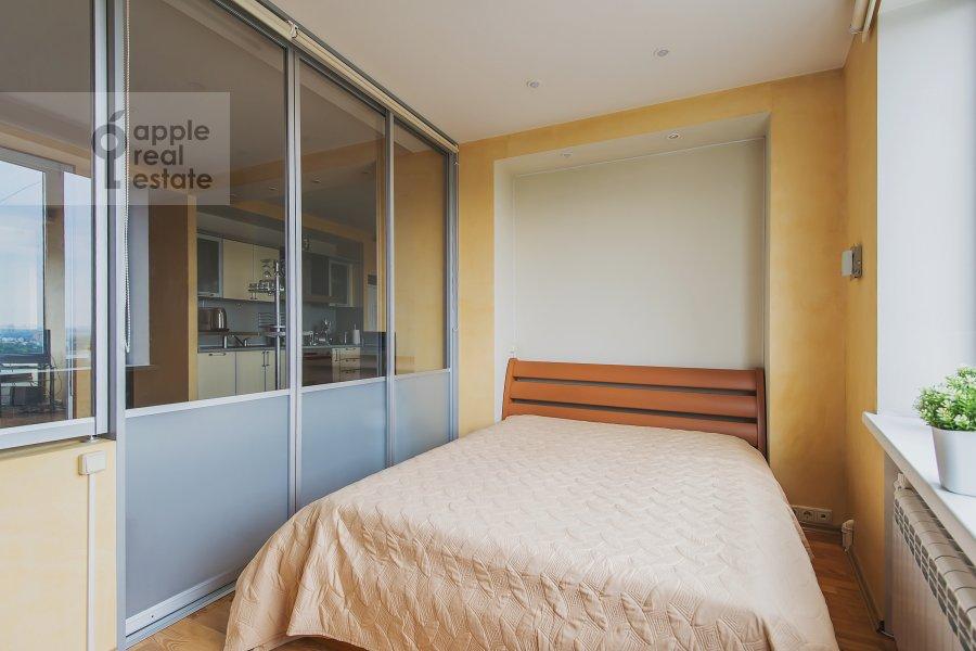 Bedroom of the 2-room apartment at Leningradskoe shosse 52B