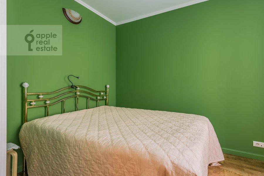 Bedroom of the 2-room apartment at Plotnikov per. 20/21