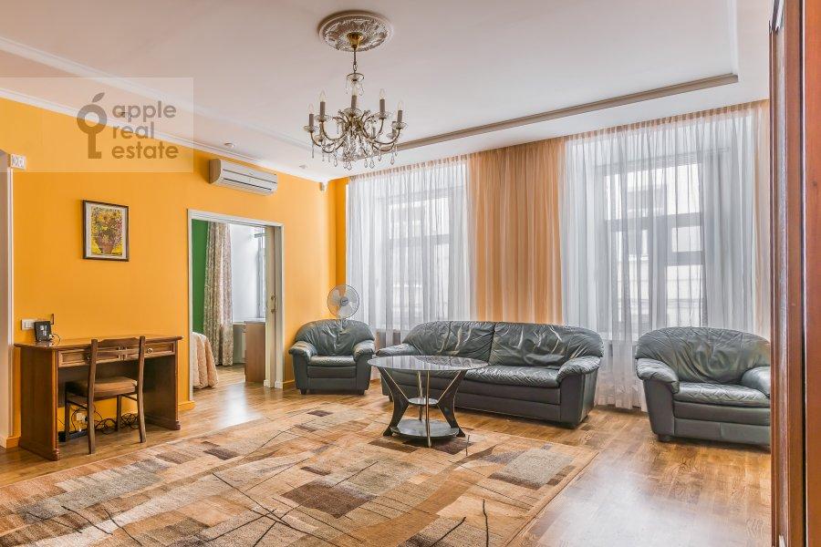 Living room of the 2-room apartment at Plotnikov per. 20/21