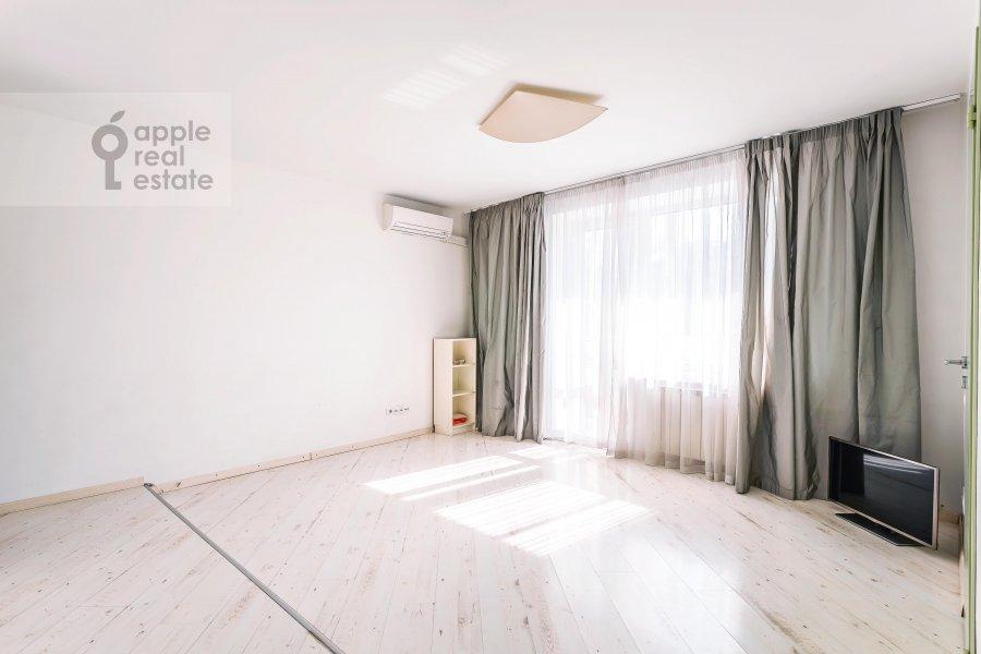 Гостиная в 2-комнатной квартире по адресу Якиманка Большая ул. 54