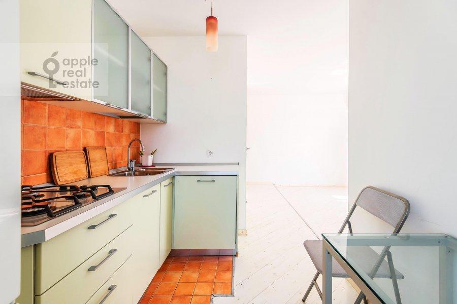 Кухня в 2-комнатной квартире по адресу Якиманка Большая ул. 54