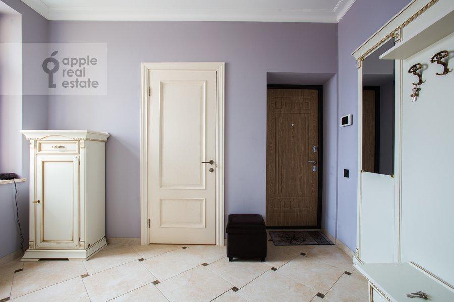 Коридор в 4-комнатной квартире по адресу Тверская ул. 19
