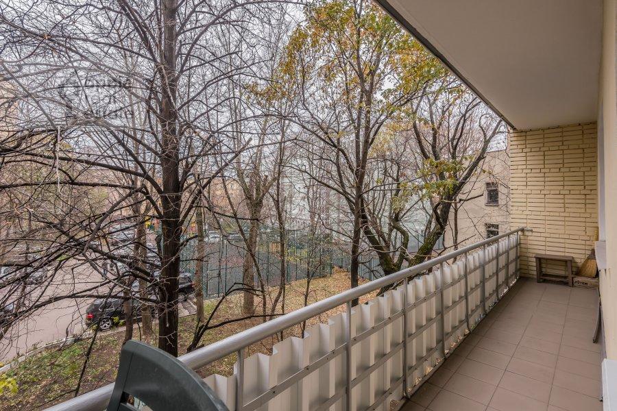 Вид из окна в 2-комнатной квартире по адресу Бронная Большая ул. 9