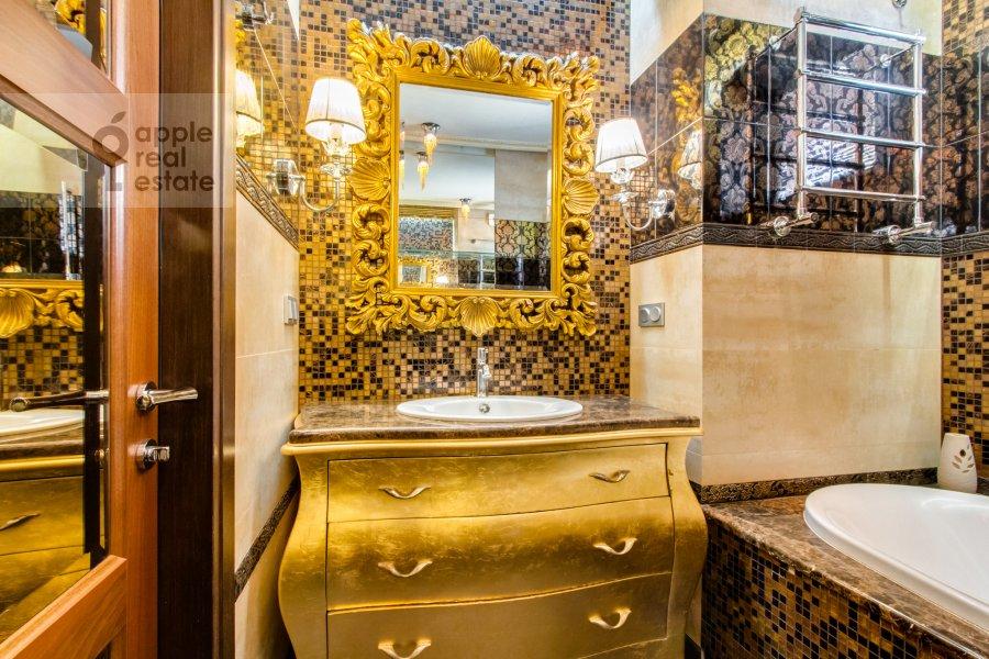 Санузел в 2-комнатной квартире по адресу Красногвардейская 3-я ул. 3