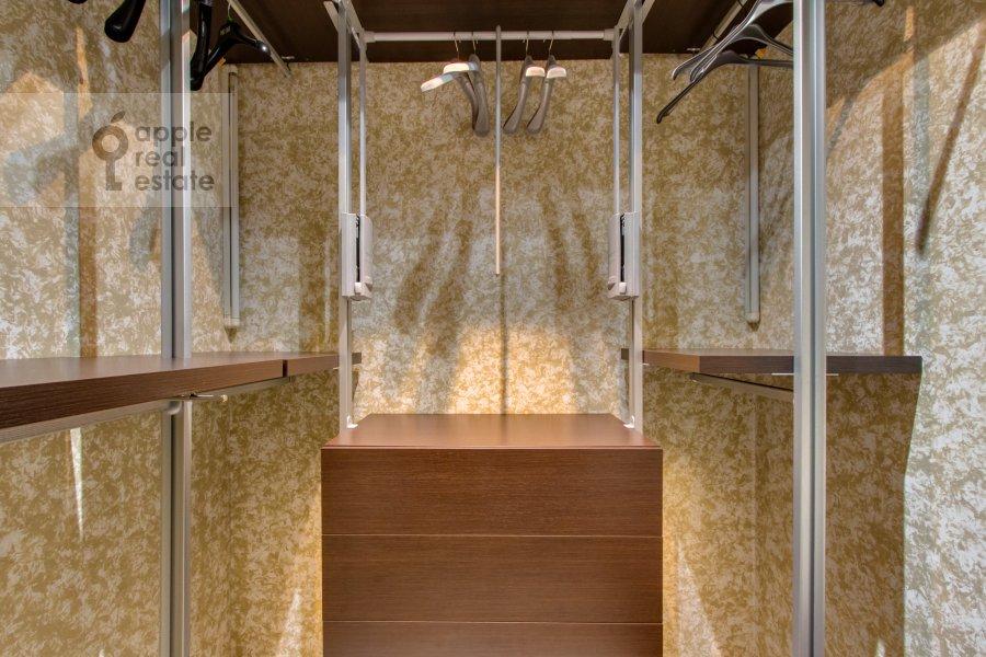 Гардеробная комната / Постирочная комната / Кладовая комната в 2-комнатной квартире по адресу Красногвардейская 3-я ул. 3