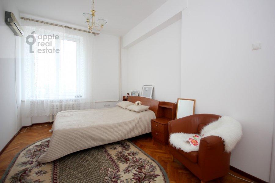 Спальня в 4-комнатной квартире по адресу Тверская ул. 8к1