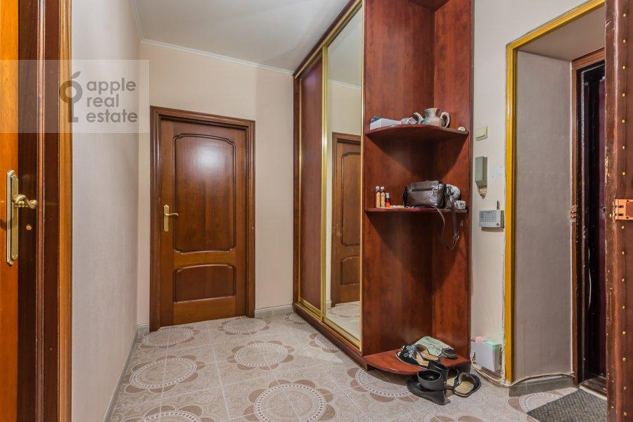 Corridor of the 2-room apartment at Lesnaya ul. 45