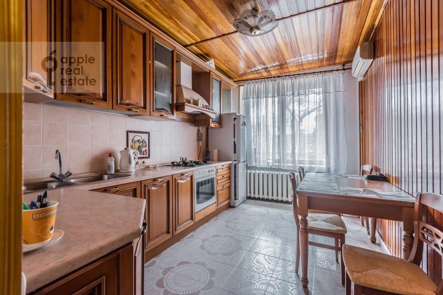 Kitchen of the 2-room apartment at Lesnaya ul. 45