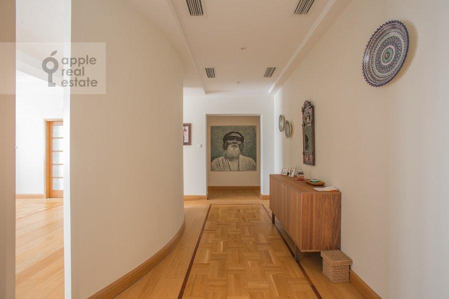 Коридор в 6-комнатной квартире по адресу Тверская-Ямская 3-я ул. 44