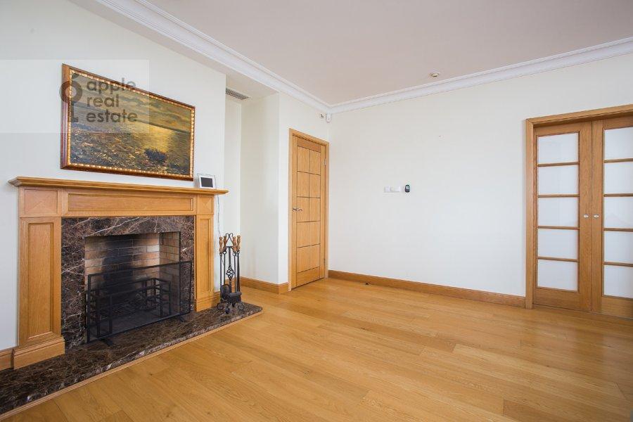 Гостиная в 6-комнатной квартире по адресу Тверская-Ямская 3-я ул. 44