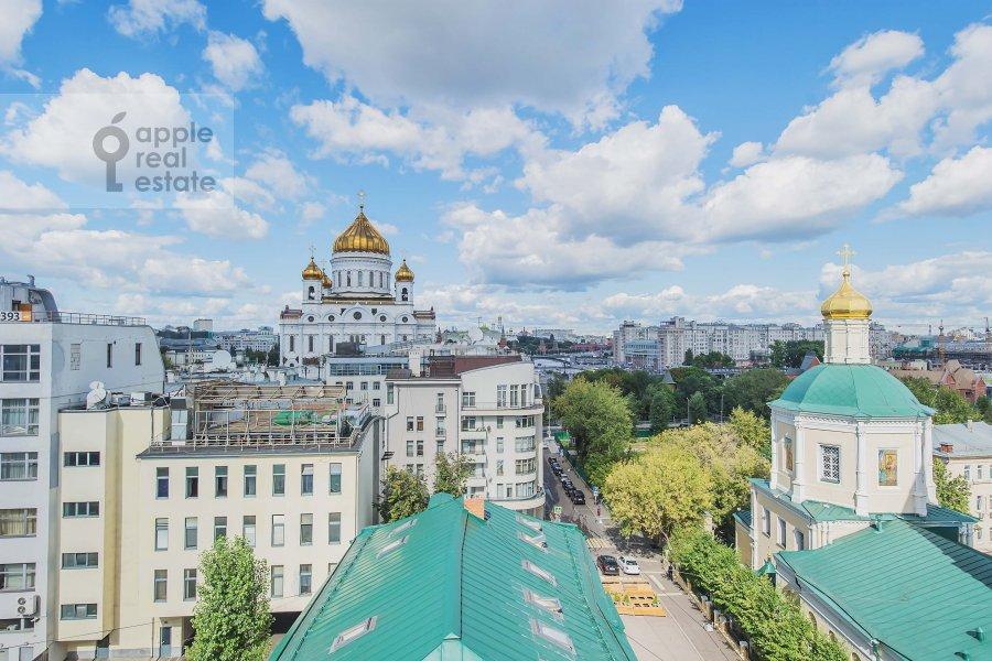 Вид из окна в 6-комнатной квартире по адресу Обыденский 2-й пер. 11