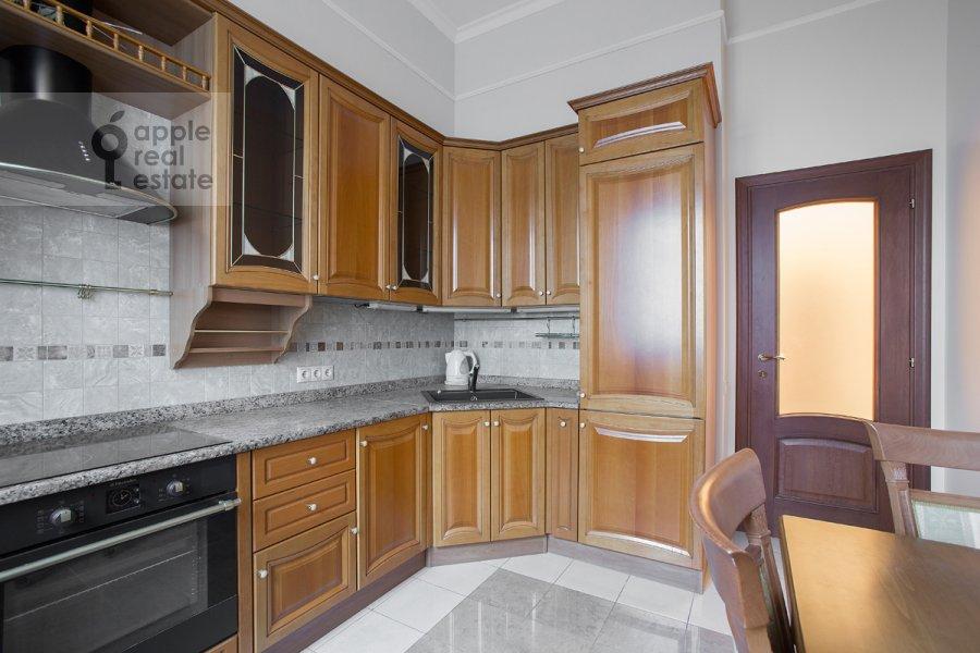 Kitchen of the 3-room apartment at Milyutinskiy pereulok 3