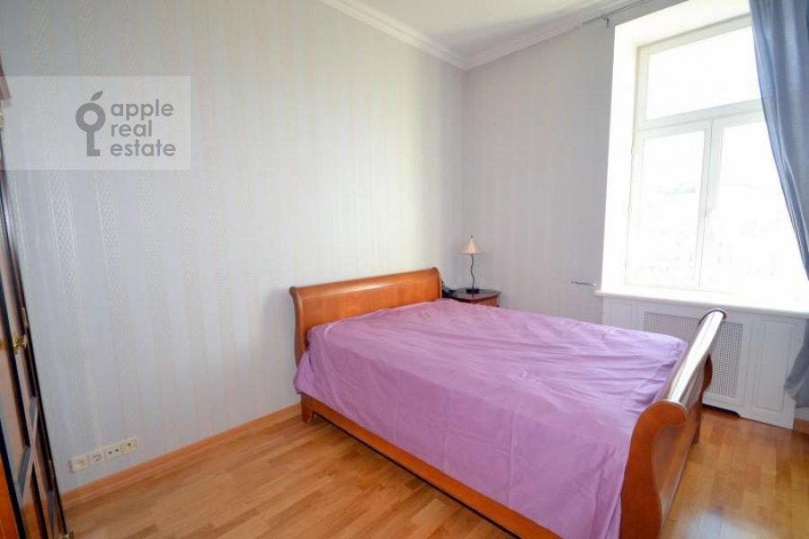 Спальня в 2-комнатной квартире по адресу Калашный пер. 2/10