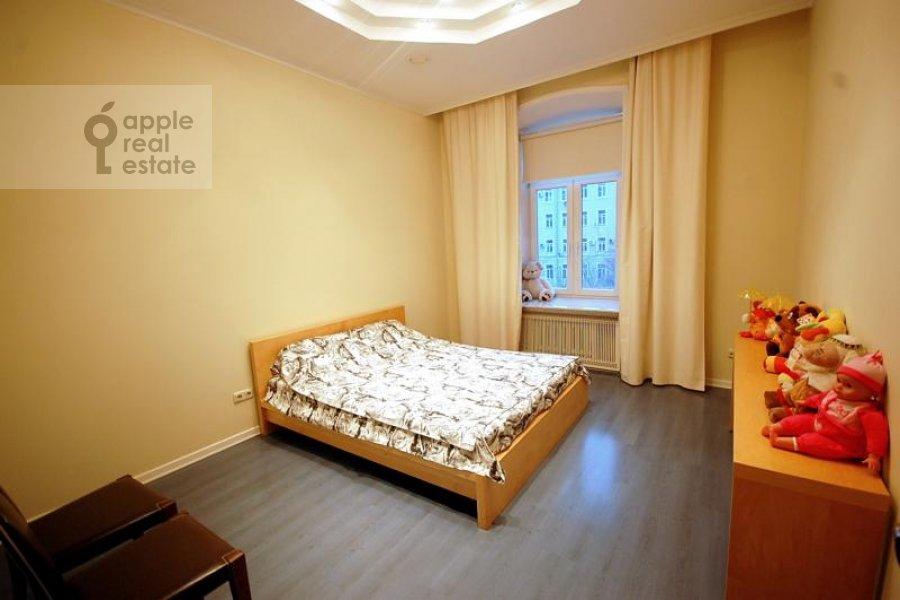 4-комнатная квартира по адресу Остоженка ул. 7