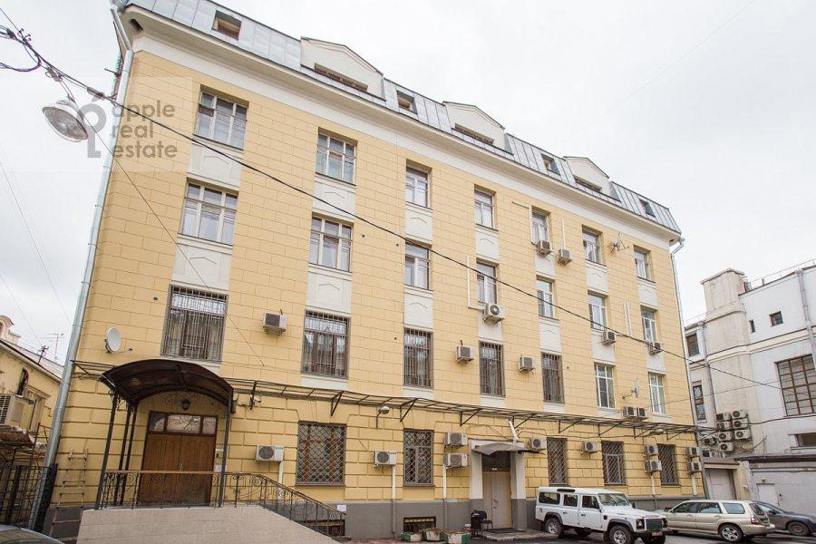 Фото дома 4-комнатной квартиры по адресу Петровка ул. 24с3