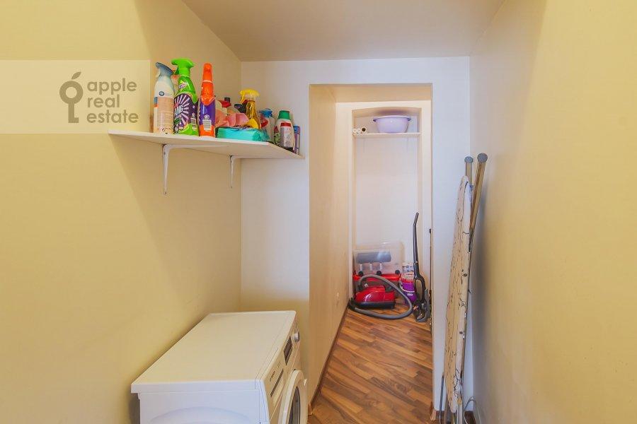 Walk-in closet / Laundry room / Storage room of the 3-room apartment at Arbat ul. 9s2