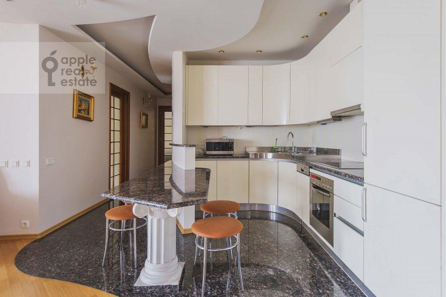 Kitchen of the 3-room apartment at Zoologicheskaya ulitsa 26s2