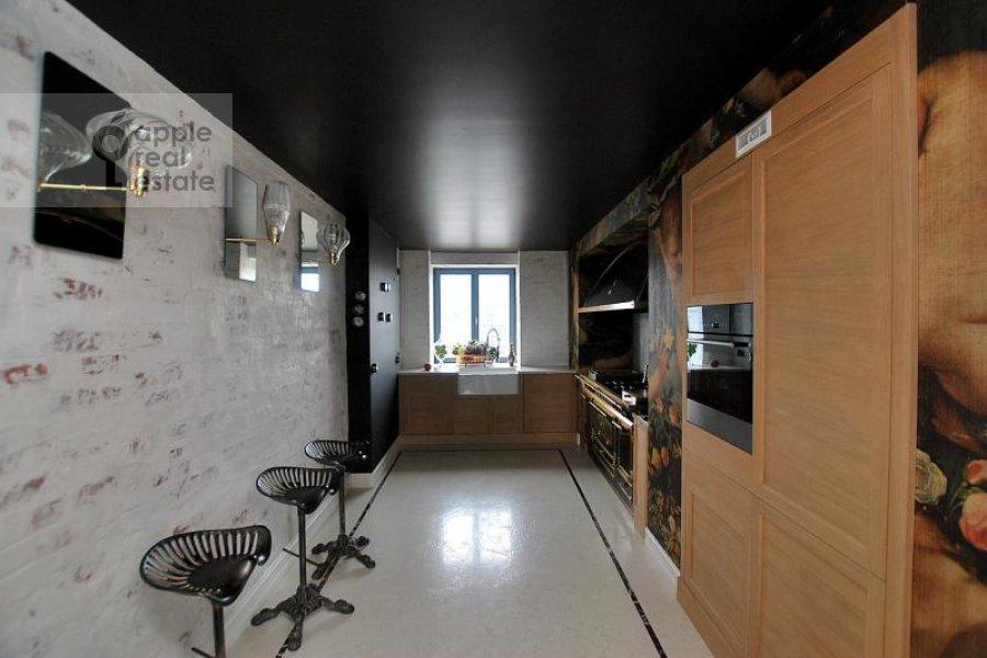 Кухня в 4-комнатной квартире по адресу Тараса Шевченко наб. 1