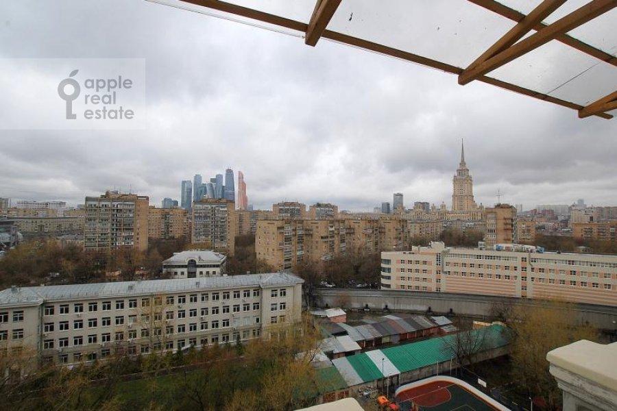 Вид из окна в 4-комнатной квартире по адресу Тараса Шевченко наб. 1