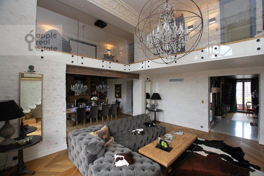 Гостиная в 4-комнатной квартире по адресу Тараса Шевченко наб. 1