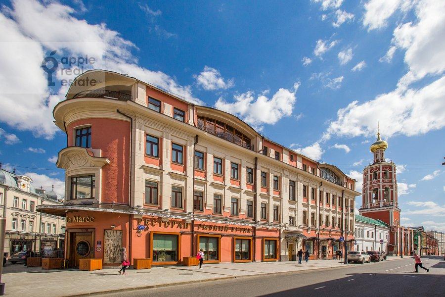 Фото дома 4-комнатной квартиры по адресу Петровка ул. 28