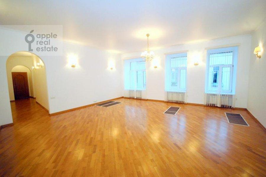 5-комнатная квартира по адресу Гоголевский бул. 23