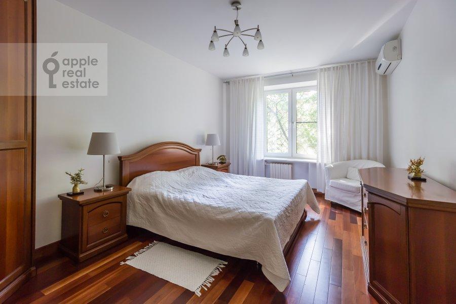 Спальня в 2-комнатной квартире по адресу Воронцово Поле ул. 16с5