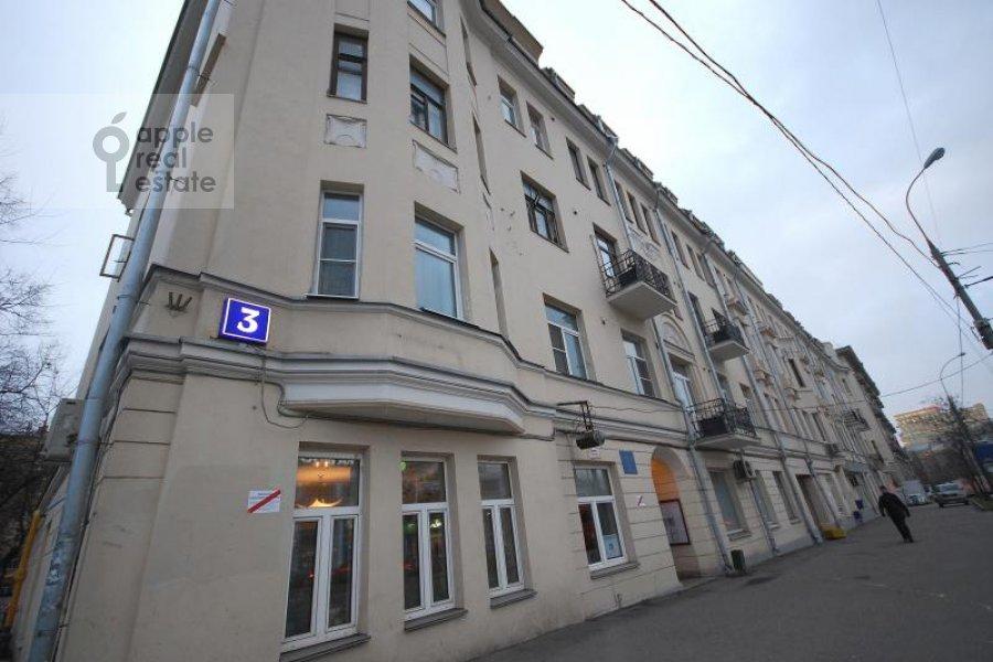 Фото дома 6-комнатной квартиры по адресу Комсомольский пр-т. 3