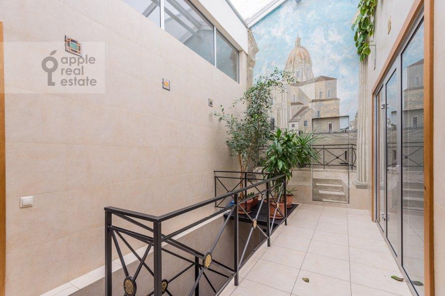 Balcony / Terrace / Loggia of the 6-room apartment at Komsomol'skiy pr-t. 3