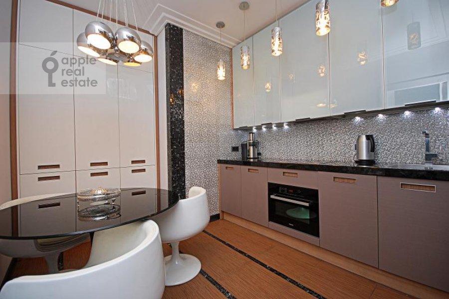 Кухня в 3-комнатной квартире по адресу Давыдковская ул. 16