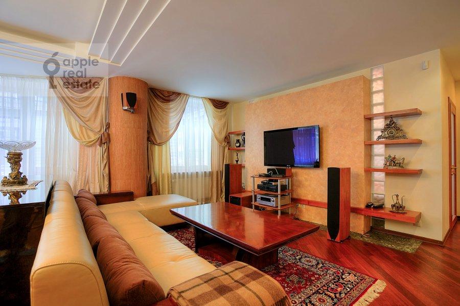 Living room of the 3-room apartment at Tverskaya-Yamskaya 2-ya ul. 28