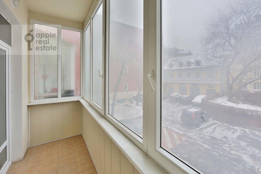 Балкон / Терраса / Лоджия в 3-комнатной квартире по адресу Старомонетный пер. 24