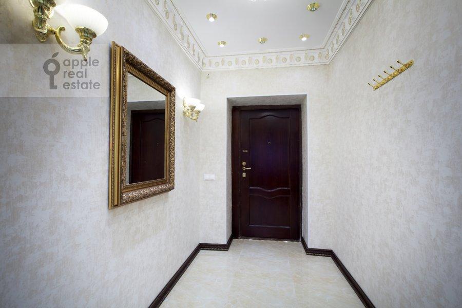 Corridor of the 4-room apartment at Kutuzovskiy pr-t 2