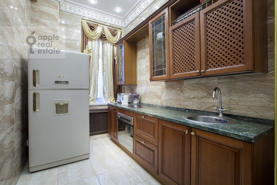 Kitchen of the 4-room apartment at Kutuzovskiy pr-t 2