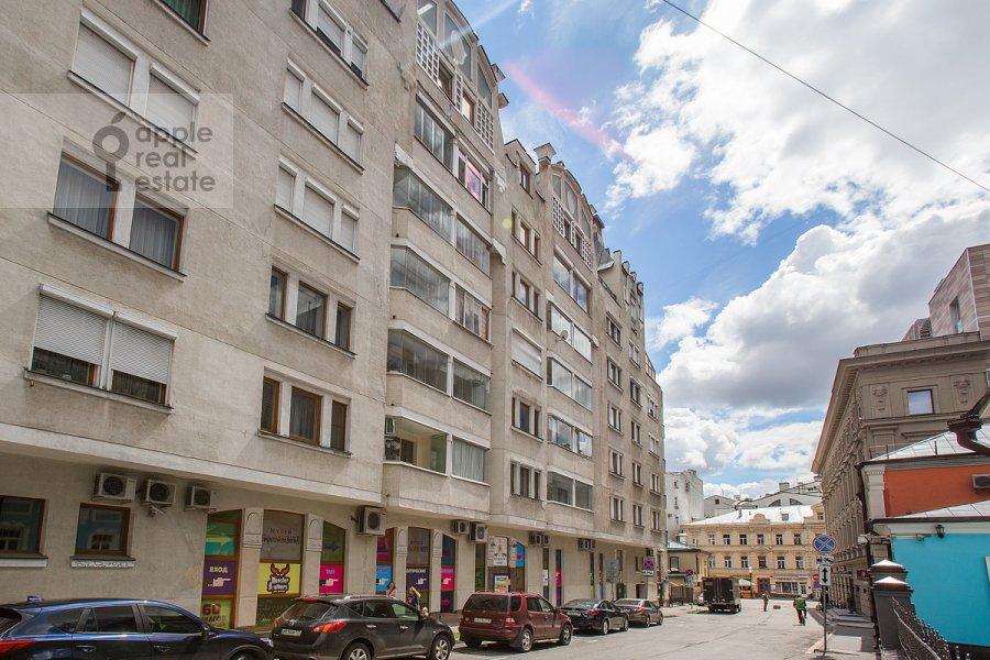 Фото дома 3-комнатной квартиры по адресу Николопесковский Малый пер. 4