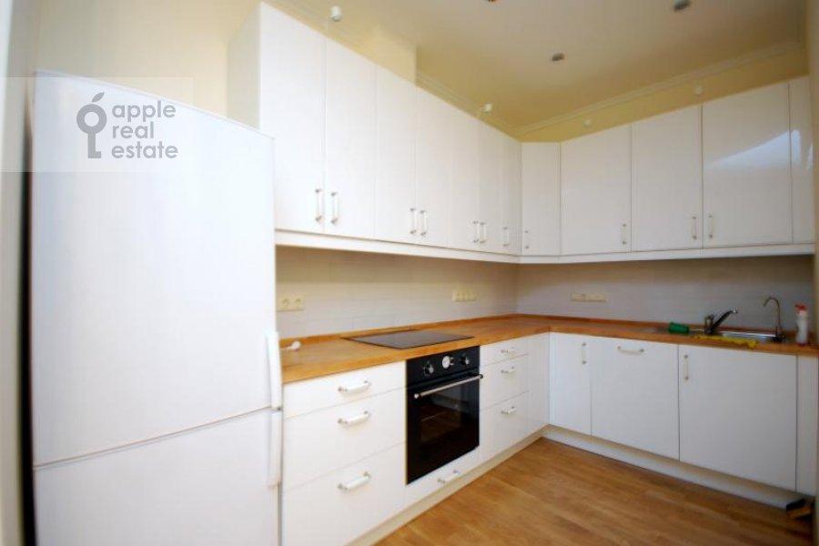 Кухня в 3-комнатной квартире по адресу Масловка Верхняя ул. 28к2