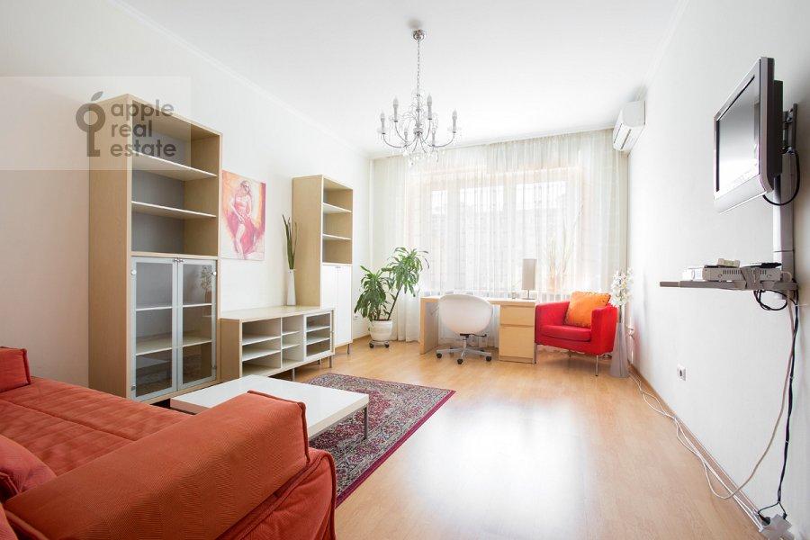 Children's room / Cabinet of the 3-room apartment at 2-ya Tverskaya-Yamskaya ulitsa 54