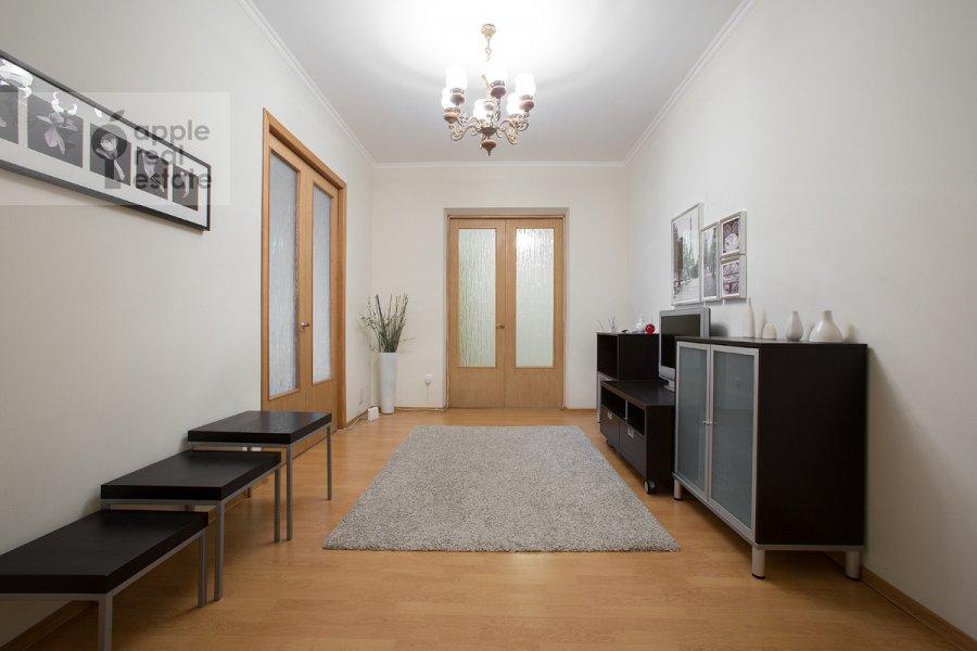 Corridor of the 3-room apartment at 2-ya Tverskaya-Yamskaya ulitsa 54