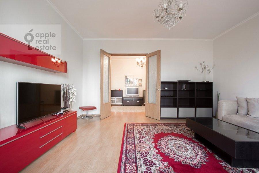Living room of the 3-room apartment at 2-ya Tverskaya-Yamskaya ulitsa 54