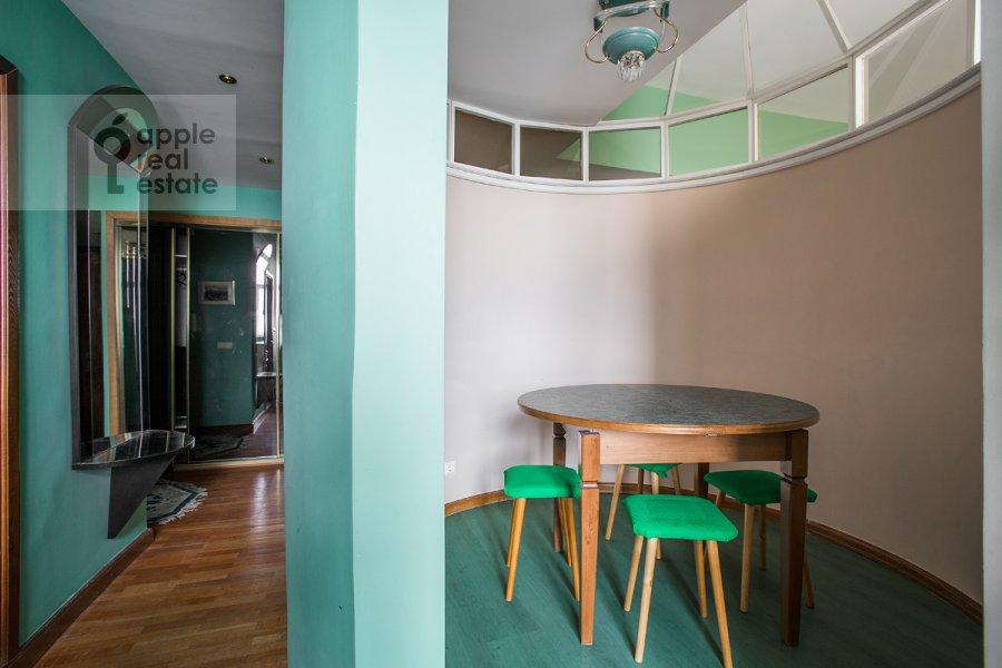 Kitchen of the 3-room apartment at Serafimovicha ul. 2