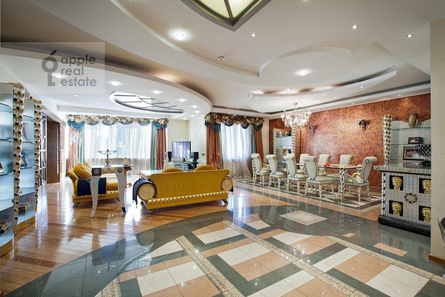 Гостиная в 6-комнатной квартире по адресу Ленинский пр-т. 128к1